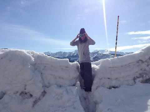 雪壁の下がダムです・・・